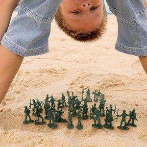100 Pcs Various Pose Toy Soldiers Figures